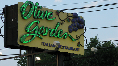 Olive Garden Scare Hundreds May Have Been Exposed To Hep